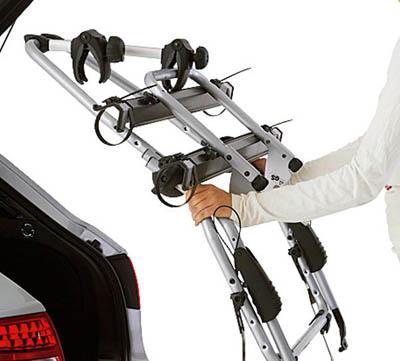 Flera olika modeller av cykelhållare med eller utan dragkrok