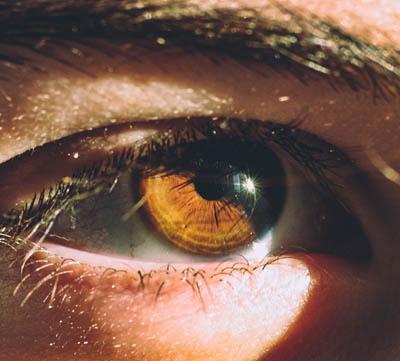 ljusterapi sitter i ögonen
